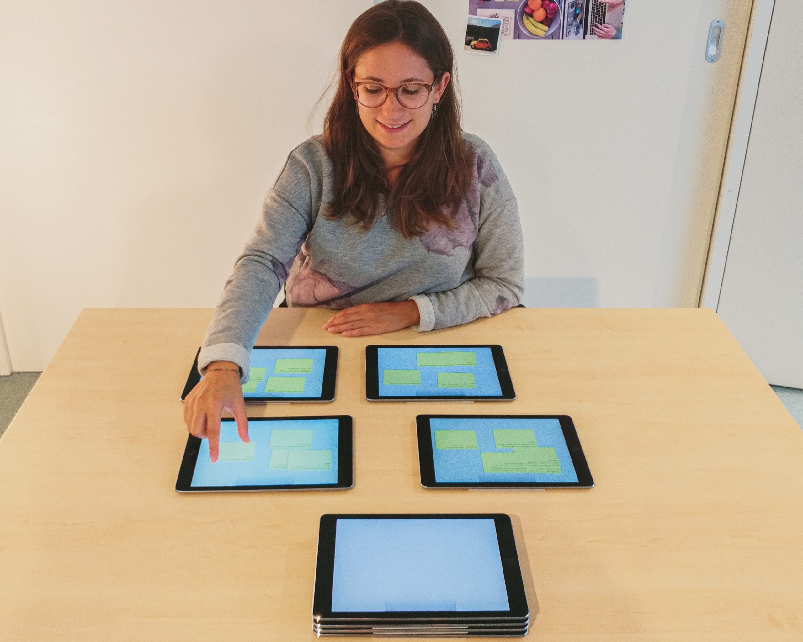 'It's in my other hand!' - Studying the Interplay of Interaction Techniques and Multi-Tablet Activities