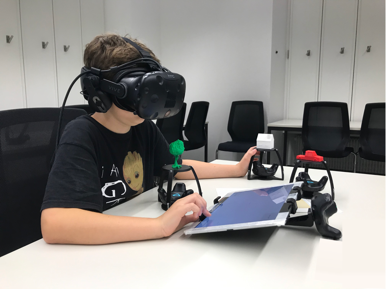 VRtangibles: Assisting Children in Creating Virtual Scenes using Tangible Objects and Touch Input